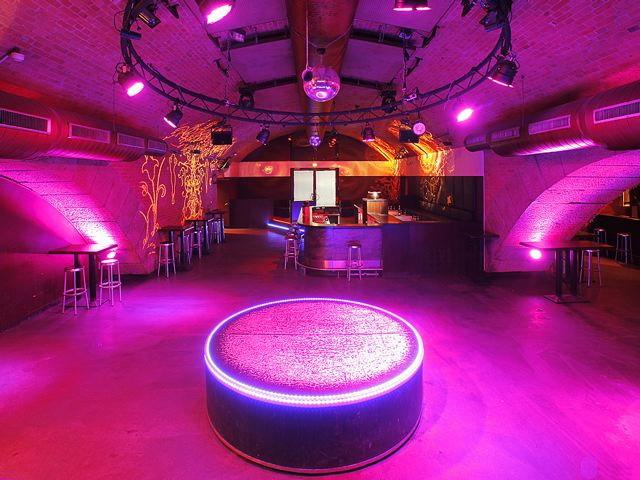 diskothek keller gew lbe bar lounge 39 matrix event location berlin 39 in berlin berlin. Black Bedroom Furniture Sets. Home Design Ideas