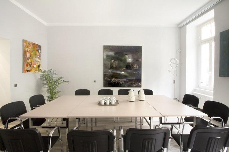 seminarraum tagungsraum 39 seminar und coachingraum 39 in berlin mitte berlin mitte f r tagung. Black Bedroom Furniture Sets. Home Design Ideas